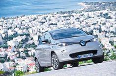 Cisza i brak spalin podczas jazdy w połączeniu z zaawansowaną technologią i najwyższej klasy designem – tak w skrócie można opisać elektryczny samochód Renault ZOE.