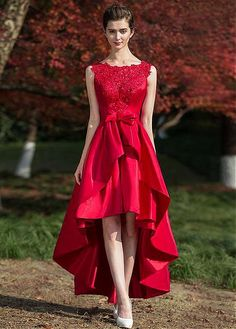 Buy discount Romantic Tulle & Satin Bateau Neckline Hi-lo A-line Homecoming Dresses With Beaded Lace Appliques at Dressilyme.com