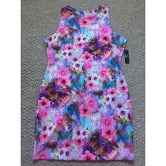 Stretch New York and Company Floral Dress Stretch New York and Company floral dress, size extra large. New with tags.  no trades  New York & Company Dresses Midi