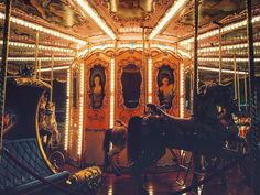 This carousel turns continuously onward in an analogous manner to the cycles of life. Live and let live. #vscocam #vscodaily #vscogrid #firenze #florence #italy #carnival #instalove #explore #latenight #studyabroad #lights by nibi1994