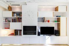 Une bibliothèque sur mesure Bookshelves, Bookcase, Home Fireplace, Shelving, Living Room, Inspiration, Furniture, Coin, Design