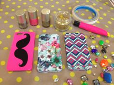 GET THE LOOK: DIY PHONE COVERS