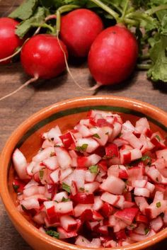 Guatemalan Radish Salad Picado De Rabano International - Guatemalan Radish Salad Called Picado De Rabano Is Found On Nearly Every Table There Almost Like A Condiment This Crunchy Delicious Salad Is Used As A Topping For Many Things It Is Delicious With Th Radish Recipes, Salad Recipes, Guatamalan Recipes, Radish Salad, Mexican Food Recipes, Ethnic Recipes, Comida Latina, Cooking Recipes, Healthy Recipes