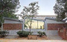 Galería de Rehabilitación de la Biblioteca Montbau / OliverasBoix Arquitectes - 1