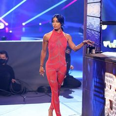 Sasha Banks Bikini, Wwe Sasha Banks, Kana Wrestler, Wwe Female Wrestlers, Hottest Female Celebrities, Celebs, Renee Young Wwe, Wwe Outfits, Eddie Guerrero