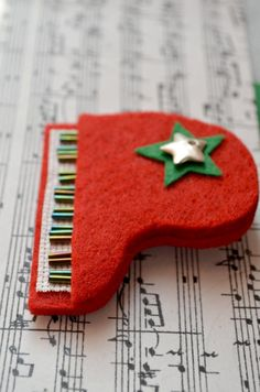 red piano brooch by greenaccordion on Etsy, $28.00