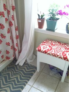 In the Kitch with Kaara: DIY Reupholstered Bench