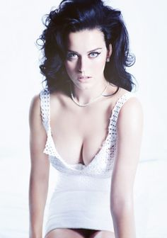 Katy Perry naked and sexy bikini photos. Busty celebrity Katy Perry nude topless, nipslip, upskirt and non leaked collection Russell Brand, Katy Perry Fotos, Kati Perri, Katy Perry Pictures, Divas, W Magazine, Magazine Covers, Maxim Magazine, Daily Magazine