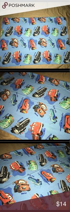 """Disney cars lightning McQueen pillowcase 29""""X20"""" Thank you for viewing my listing, for sale is a Disney's cars, and lightning McQueen and friends standard size pillowcase. Pillowcase is double-sided, measures approximately 29"""" x 20""""  If you have any questions or would like additional photos please feel free to ask Disney Accessories"""