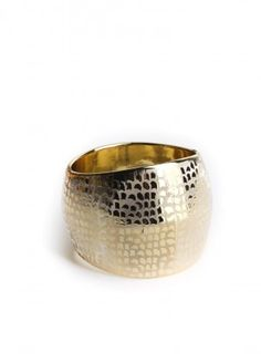 great site for fun costume jewelry