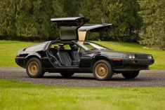 """30 Amazing Photos of DMC DeLorean, Which Became Famous as the Time-Traveling Car in the """"Back to the Future"""" Movies ~ vintage everyday The Future Movie, Back To The Future, Dmc Delorean, Old Sports Cars, The Time Machine, New Tyres, Classic Cars Online, Cool Photos, Amazing Photos"""