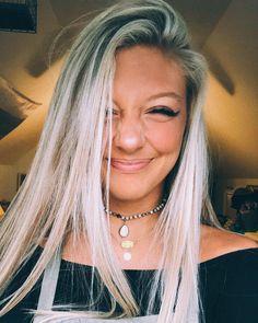 ✰ my ig: sheniquajane ✰ Cute Selfie Ideas, Selfie Tips, Selfie Poses, Pretty People, Beautiful People, My Beauty, Hair Beauty, Cute Instagram Pictures, Girl Photo Shoots