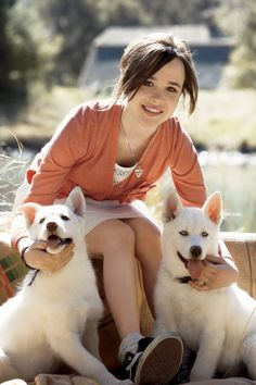 Ellen Page~ but more importantly, HUSKIES!!