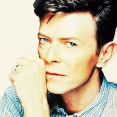 17 /France/Art Student ♦David Bowie - Sherlock - Doctor Who, and everything else awesome♠ Glam Rock, Bowie Lazarus, Kevin Davies, In This World, David Bowie Born, Sherlock Doctor Who, Believe, Martina Mcbride, The Thin White Duke
