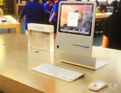 computadores modernos 2015- Mac com design retro criado pelo site 'Curved/Labs' (Foto: Divulgação - Pesquisa Google