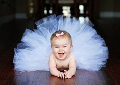 #child #baby #bebe #sport #play #jouer #dance #tutu