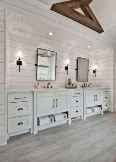 Welcoming craftsman style home with farmhouse touches in Arkansas - Tilt mirrors! Welcoming craftsman style home with farmhouse touches in Arkansas - Craftsman Bathroom, Home, Bathroom Remodel Master, House Bathroom, Craftsman Style Home, House, Farmhouse Master Bathroom, Bathroom Renovations, Bathroom Design