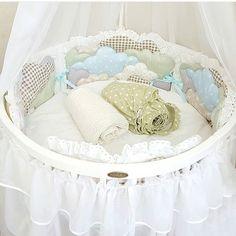 #комплектвкроватку #бортики #круглаякроватка #овальнаякроватка #кроваткатрансформер #будумамой #скоромама #вожидании #ябеременна #роды #25недель #27недель #baby #beddingset #babycrib #pregnant #comfortbabyline