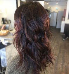 Subtle warm hits on a dark Brunette base. Color by @tame_to_tease  #hair #hairenvy #hairstyles #haircolor #brunette #highlights #newandnow #inspiration #maneinterest