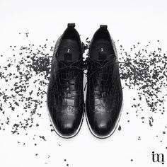 Gelukkig nieuw paar! 2016 start je natuurlijk feestelijk en fris, trakteer jezelf op nieuwe schoenen! @raymondgroot