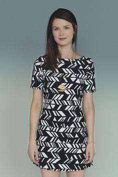 Mesa tunic pattern. Super fast jersey/stretch tunic to sew. $9 pattern.