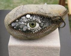 ConexionModa.com » Noticias » Esculturas en piedra -Hirotoshi Ito