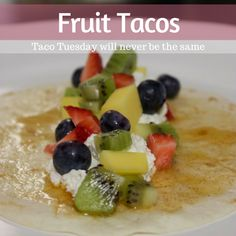 This recipe for sweet fruit tacos are the perfect dessert to serve on Cinco de Mayo, at summer cookouts, or on Taco Tuesday! Fruit Recipes, Desert Recipes, Cooking Recipes, Cookbook Recipes, Frozen Fruit Bars, Gourmet Tacos, Strawberry Salsa, Sweet Desserts, Cinco De Mayo