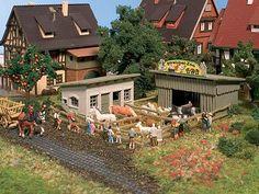 Make a zoo for model train   Zoo Kit -- 9 x 10 x 3.5cm - N-Scale (vol7721) Vollmer N Scale Model ...