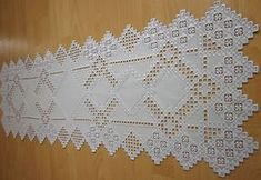 "HARDANGER NEW BEAUTIFUL HANDCRAFTED tabel runner silver/gray 47"" x 16"""