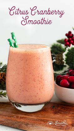 An immune boosting smoothie recipe for the holidays! Sharp and sweet, our citrus cranberry smoothie is a little naughty and a little nice! Smoothie Packs, Juice Smoothie, Cranberry Recipes, Holiday Recipes, Clementine Smoothie Recipes, Healthy Drinks, Detox Drinks, Healthy Snacks, Cranberry Smoothie
