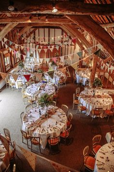 reception in barn with bunting