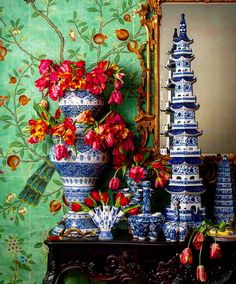 Parker Kennedy Living Town & Country magazine April 2016 Blue and white chinoiserie