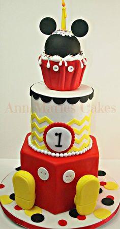 Mickey Mouse Chevron Cake