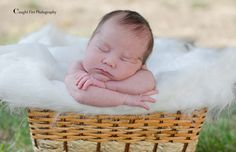 newborn outside photo