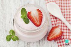Aprende a preparar mousse de fresa en copa con esta rica y fácil receta. Desde la campaña Fresas de Europa nuestros amigos comparte con RecetasGratis.net una sencill...