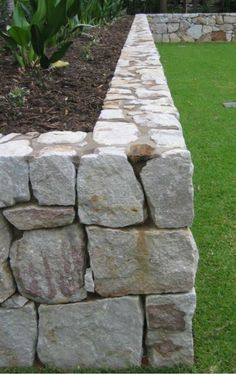 Забор Structural retaining walls require an engineer's design to comply wit. - Забор Structural retaining walls require an engineer's design to comply wit…, -