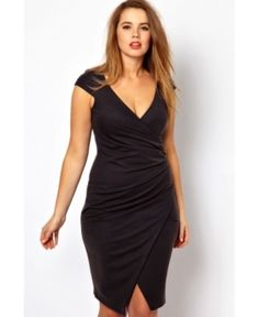 Shop for plus size dresses with ASOS. Our Curve collection is filled with beautiful plus size maxi, wedding guest and plus size party dresses. From one shoulder to long sleeved styles. Discover today at ASOS. Trendy Plus Size Fashion, Curvy Fashion, Womens Fashion, Front Slit Dress, Dress Up, Bodycon Dress, Ruched Dress, Dress Suits, Dress Plus Size
