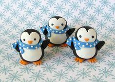 Fondant Topper: 3 D Penguins