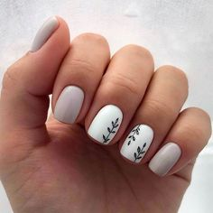 The advantage of the gel is that it allows you to enjoy your French manicure for a long time. There are four different ways to make a French manicure on gel nails. Fall Nail Art Designs, Diy Nail Designs, Short Nail Designs, Acrylic Nail Designs, Winter Nails, Spring Nails, Summer Nails, Fall Nails, Diy Nails