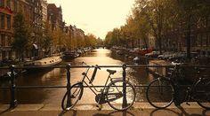 #Amsterdam ohne Fahrräder, wäre wie Pommes ohne Ketchup!