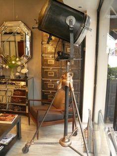 Interior design | decoration | home decor | furniture | Lampe de cinéma Cremer