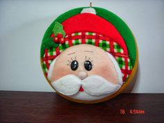 Quilted Christmas Ornaments, Christmas Fabric, Felt Christmas, Christmas Themes, Holiday Crafts, Christmas Holidays, Christmas Decorations, Holiday Decor, Felt Crafts Patterns