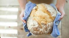 Do you want to make healthy and delicious homemade bread? Than these are the 5 delicious healthy bread recipes that you have to try! Sourdough Recipes, Sourdough Bread, Pan Cetogénico, Healthy Bread Recipes, Healthy Soup, Soup Recipes, Healthy Foods, No Knead Bread, Bread Machine Recipes