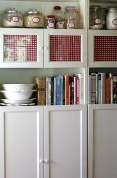 kitchen cabinet - using Ikea billy bookcases! | Saídos da Concha