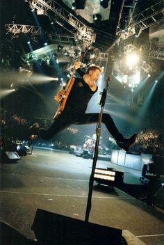 James Hetfield of Metallica James Hetfield, Music Is Life, Live Music, Rock Music, Robert Trujillo, Metallica, Jason Newsted, Cliff Burton, Hard Rock
