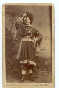 Vintage Lady Sword Swallowers~ http://www.victorianadventureenthusiast.com/index/vintage-lady-sword-swallowers/