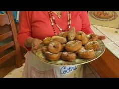 **¡¡ROSQUILLAS RAPIDAS DE GUELA PEPI **¡¡ - YouTube Muffin, Breakfast, Youtube, Food, Sweet Desserts, Donut Holes, Breads, Meals, Recipe Videos