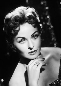 Jeanne Crain photographed by Wallace Seawell, 1953 Old Hollywood Stars, Old Hollywood Movies, Hollywood Actor, Golden Age Of Hollywood, Vintage Hollywood, Hollywood Glamour, Hollywood Actresses, Classic Hollywood, Classic Actresses