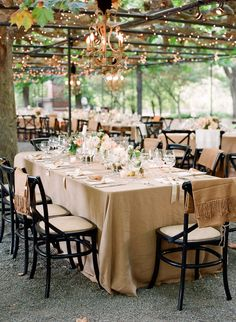 #al-fresco, #outdoor-dinner-party  Photography: Lisa Lefkowitz - lisalefkowitz.com Wedding Planning: Kristi Amoroso Special Events, LLC - kristiamoroso.com Floral Design: Radeff Design Studios - radeffdesignstudios.com/  Read More: http://www.stylemepretty.com/2012/06/12/napa-wedding-at-beaulieu-garden-by-lisa-lefkowitz/