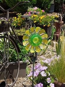 31 best Garden Art made with recycled glass images on Pinterest | Recycled glass, Glass garden ...